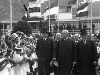 Reichspräsident von Hindenburg am Deutschen Eck, Kobblenz 1930